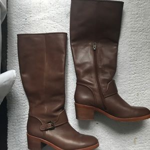 Luxury coach leather brown tall boots 8